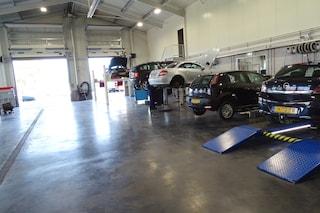 Autobedrijf Dekker